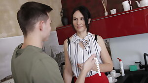 SHAME4K. Mature bombshell steals a necklace and gets fucked