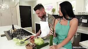 Big Melon European Bombshell Gets Her Asshole Smashed in Hardcore Anal Sex